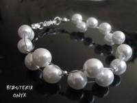 Bransoleta Białe perełki